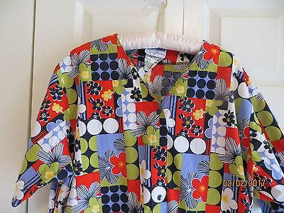 Landau Scrubs Women's Multi Color Short Sleeve Lab Coat Plus Size 2XL