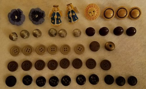 Assorted Buttons Lot