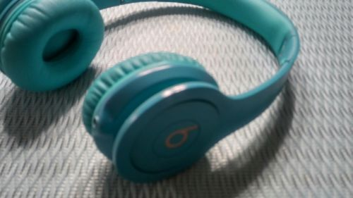 Apple Beats By Dre Solo HD Headphone ControlTalk Drenched Matte Teal