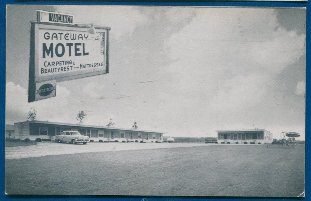 Gateway Motel Michigan mi outside view old 1950s auto postcard