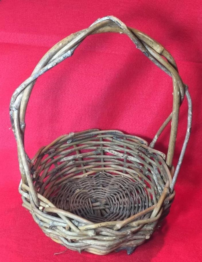Vintage  Woven  Basket Primitive Wicker