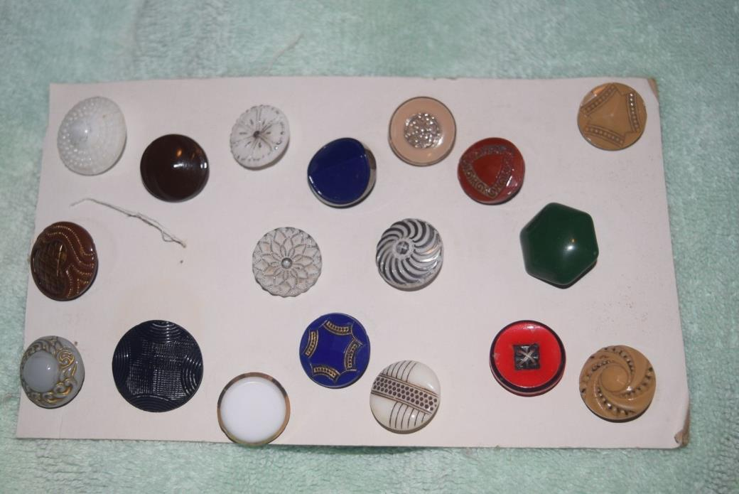 NA-023 - Eighteen Antique Glass Buttons Assortment Some Fancy Pretty Vintage