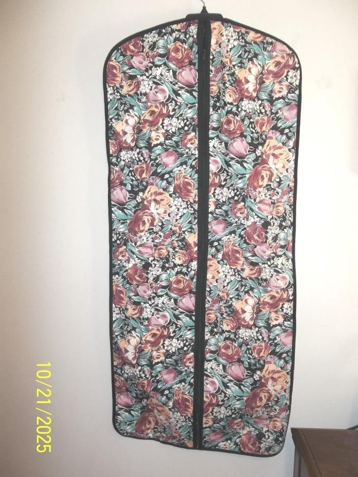 CLOSET HANGING  BAG FLORAL CANVAS WITH PLASTIC LINING 21 X 46