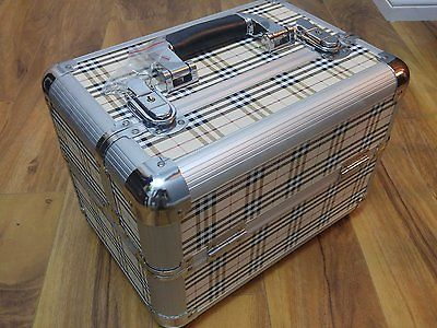 LIKE NEW Plaid Makeup Cosmetic Box Train Travel Case 12