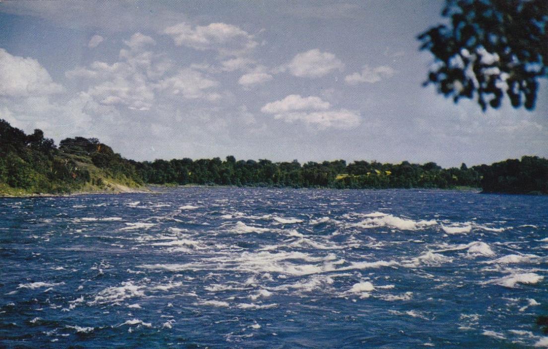 POSTCARD -  Sheek Island near Massena, New York.