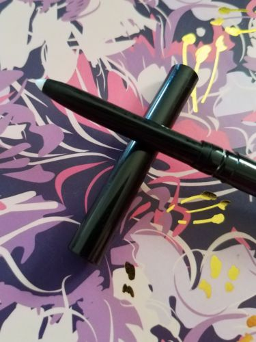 Know Cosmetics No Bleeding Lips Secret Lip Liner New Full Size .01oz