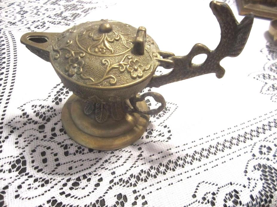 Antique  BRASS Whale Oil Betty Lamp Hinged Top  ALADDIN LAMP STYLE