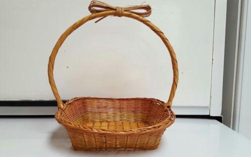 Vintage~ Wicker Rattan Woven Basket w/ Handle ~~ Dated 1988