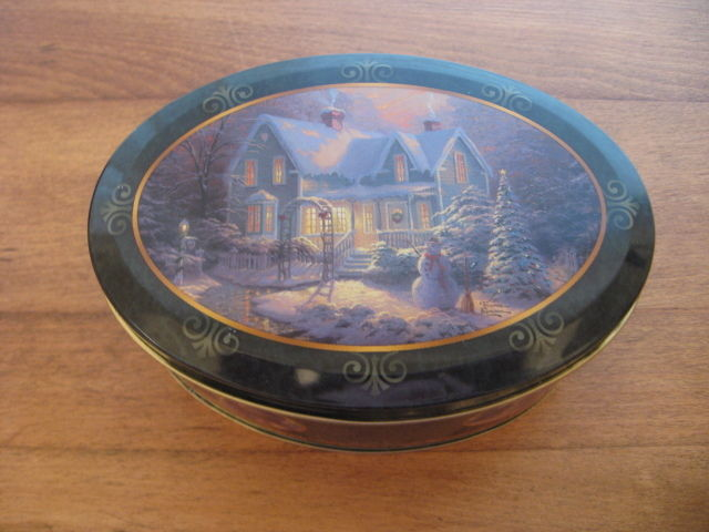 THOMAS KINKADE OVAL TIN W/ 2 WICK RED CANDLE