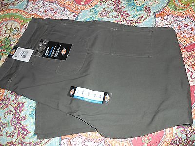DICKIES Relaxed Fit CARPENTER JEANS Moss Green 48 x 30 Dual pockets Utility Work