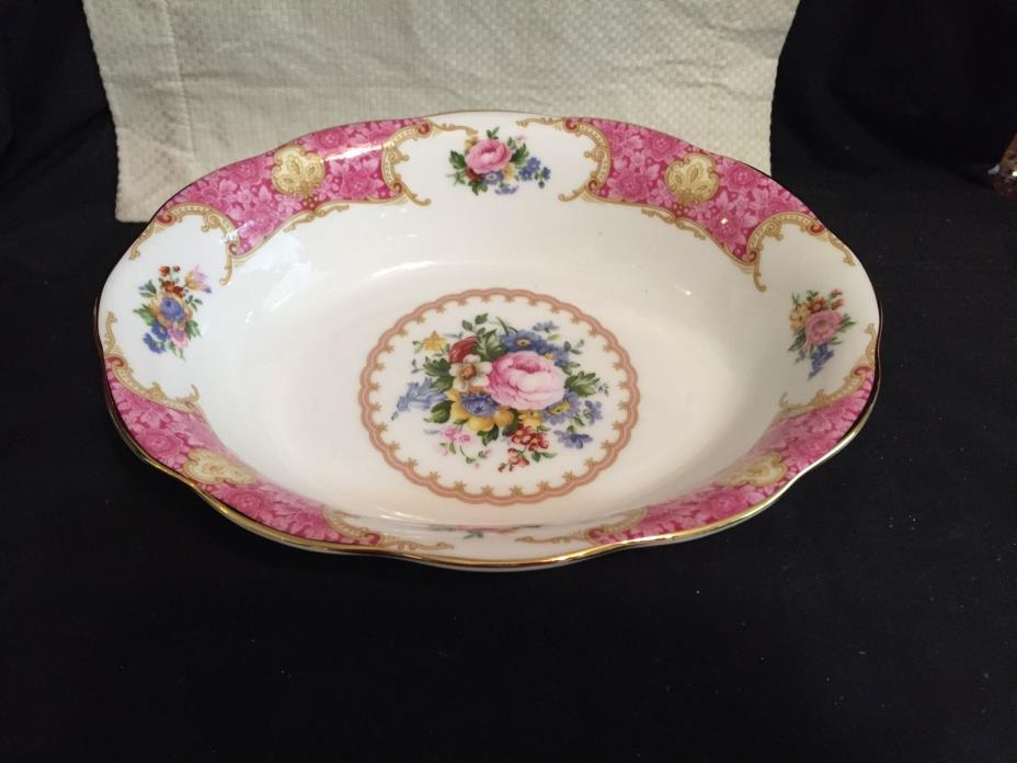 Royal Albert Lady Carlyle Oval Vegetable Bowl, Pink Roses, Gold Trim, Mint