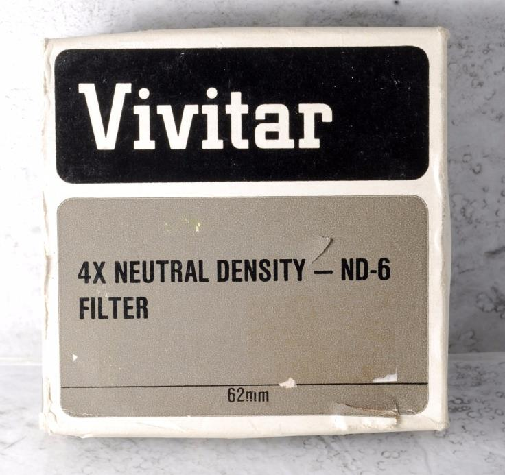 Vivitar 62mm  2X ND-6 Neutral Density Lens Filter w Manual Case Boxed Used