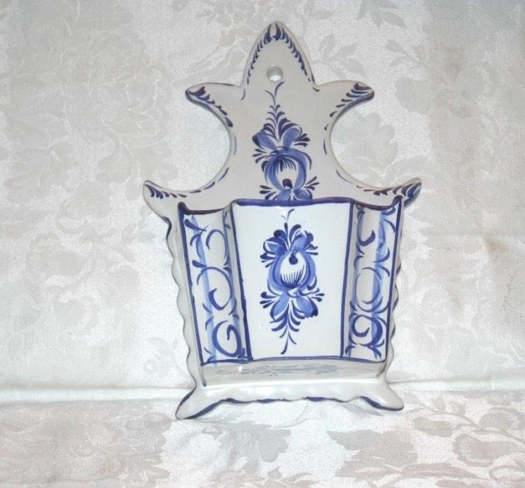 Large Blue & White Blue Onion Wall Pocket Plaque