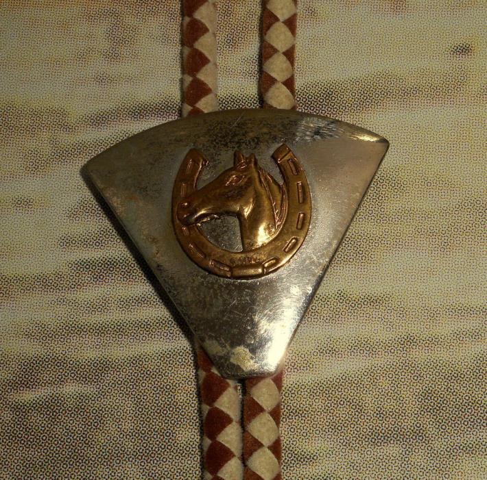 Horse Head In Horseshoe Bolo Tie Country Western Rockabilly Cowboy Tan Necklace