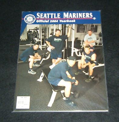 2004 Seattle Mariners Official Yearbook