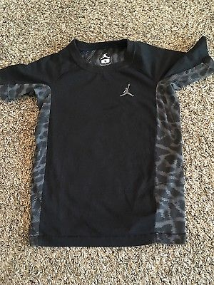 Boy's Jordan Black Dri-Fit T-Shirt size S 8-10