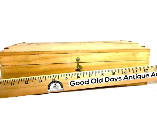 Vintage Santago Chile Oriental Wooden Box