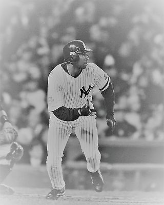 Vintage Baseball 8 x 10 Print New York Yankee Great Centerfield Bernie Williams