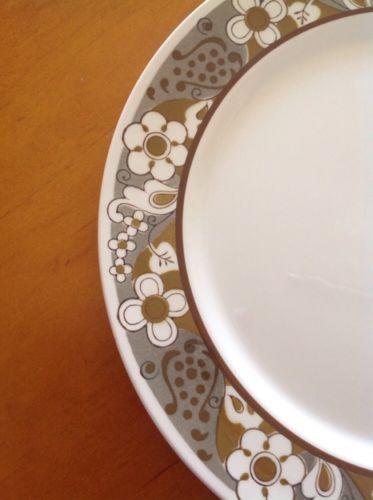 Mikasa Mediterrania Kashmir 12 inch Chop Plate Round Platter 4077