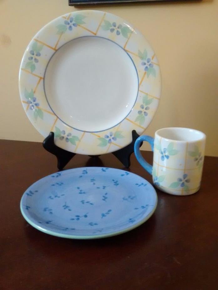Pfaltzgraff Floral Breeze Dinner, Salad plate and MUG Blue Flowers, Yellow
