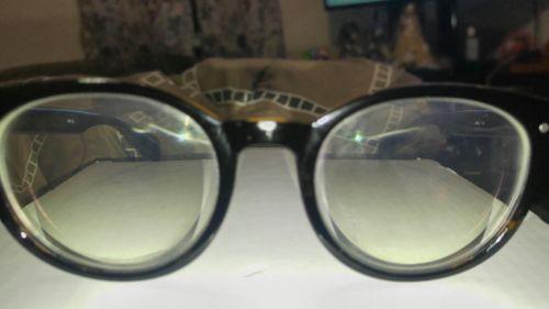 medium fram glasses