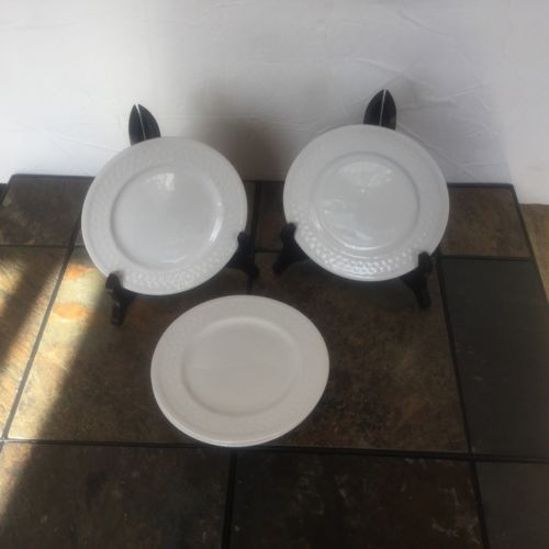 Set of 3 ONEIDA Wicker Basketweave 6' Bread Dessert Plates