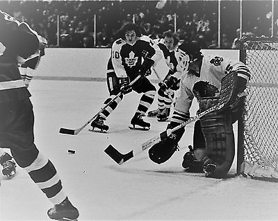 Tony Esposito Vintage Hockey 8 x 10 Chicago Black Hawk Hall of Famer