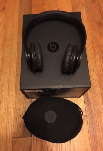 Beats By Dre Solo HD On-Ear Corded Headphones Drenched In Black + $15 iTunes GC