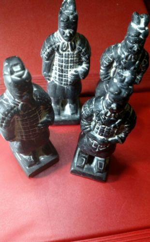 Amazing Lot of 4 Chinese Soldiers Terracotta 90x25x25 mm nice lot