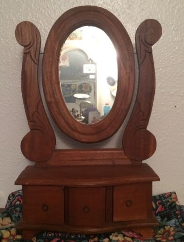 SMALL ANTIQUE JEWELRY HOLDER WITH MIRROR