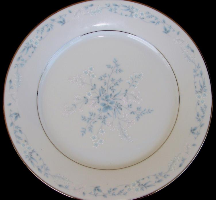SET of 4 NORITAKE CAROLYN SALAD PLATE(S) BLUE FLOWERS