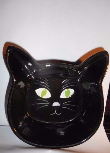 new Ceramic Black Colored Cat Face shaped Feeding -water - food Dish
