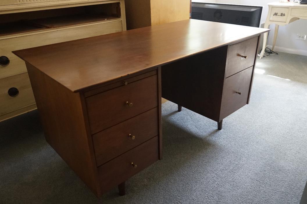 Paul McCobb Double Pedestal Desk