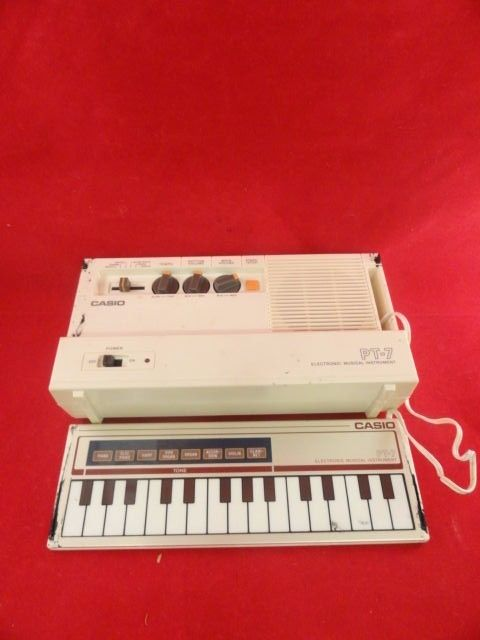 Casio PT-7 Rare Collector's Keyboard Electronic Musical Instrument