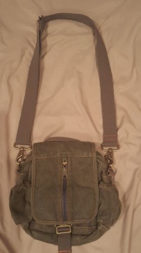 Pristine L.L Bean Green Canvas Cross body Organizer Bag