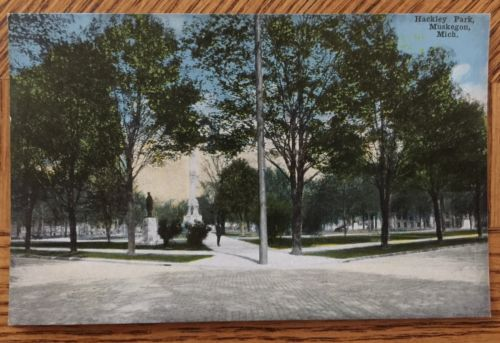 Antique 1915 Post Card, HACKLEY PARK, Muskegon, Michigan