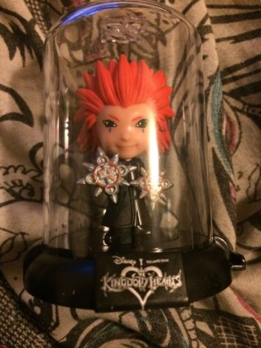 DISNEY KINGDOM HEARTS ORIGINAL MINIS DOMEZ COLLECTIBLE MYSTERY FIGURE AXEL