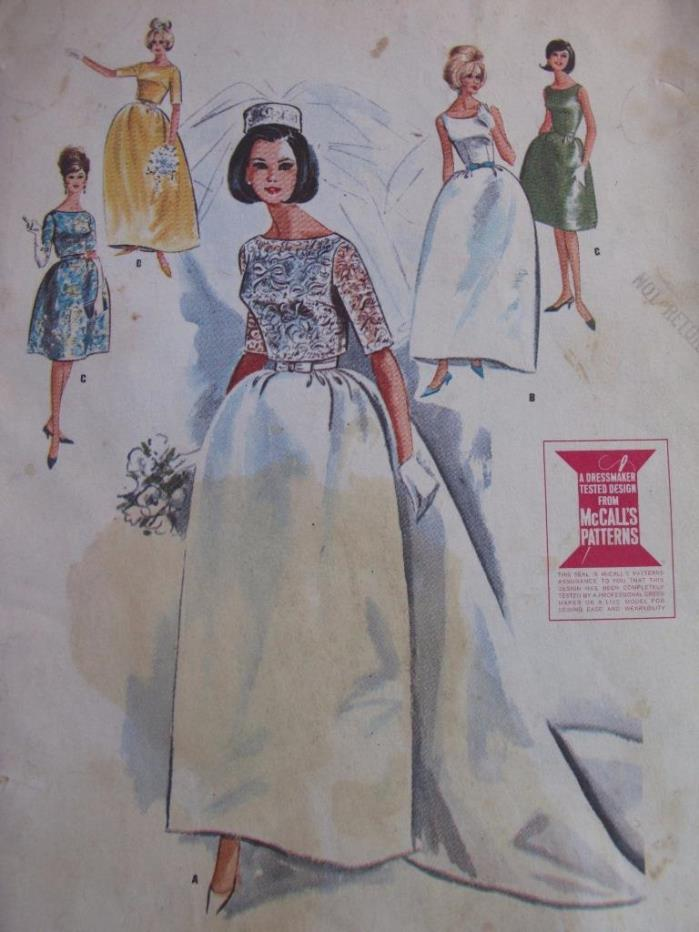 Vtg 1963 McCalls Pattern 7082 Wedding Dress w Train Bridesmaid Dress 12 32