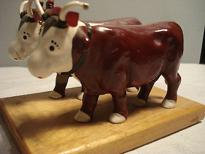Antique vintage cast metal cattle Cow ranch bull yoked Bell