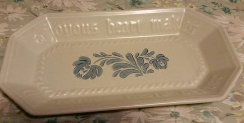 Pfaltzgraff yorktowne Bread Tray server