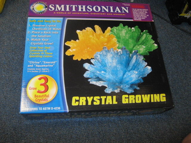 SMITHSONIAN CRYSTAL GROWING KIT THREE CRYSTALS
