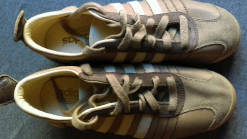 adidas chile 62 kids size 4.5 Brown Lace up