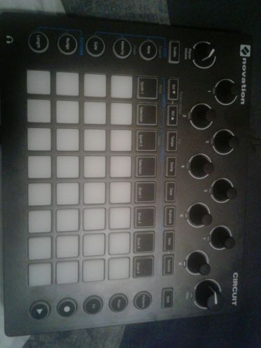 novation circuit groovebox