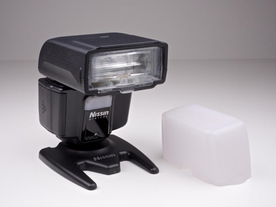 Nissin i40 Flash f/ Nikon i-TTL compatible Cameras ND40-N OPEN BOX