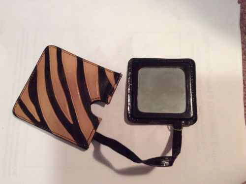 PIER ONE COMPACT MIRROR - NEW