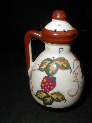 Ceramic Creation Fred Roberts Co STRAWBERRY Pepper Shaker- Japan