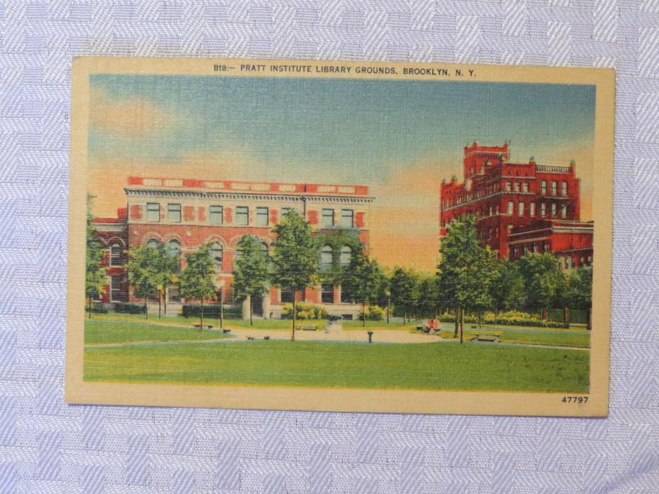 ST74 - Brooklyn New York NY postcard - Pratt Institute Library Grounds 1940s