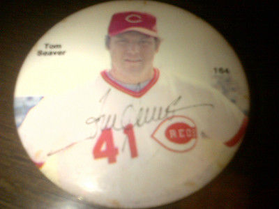 Tom Seaver Reds Button Pinback Pin  NICE CONDITION