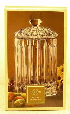LENOX 24% LEAD CRYSTAL COVERED BOX WITH LID