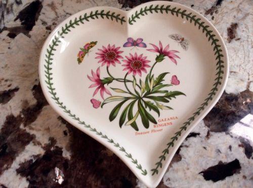 Portmeirion Botanic Garden Heart shaped  Serving- NEW! 9